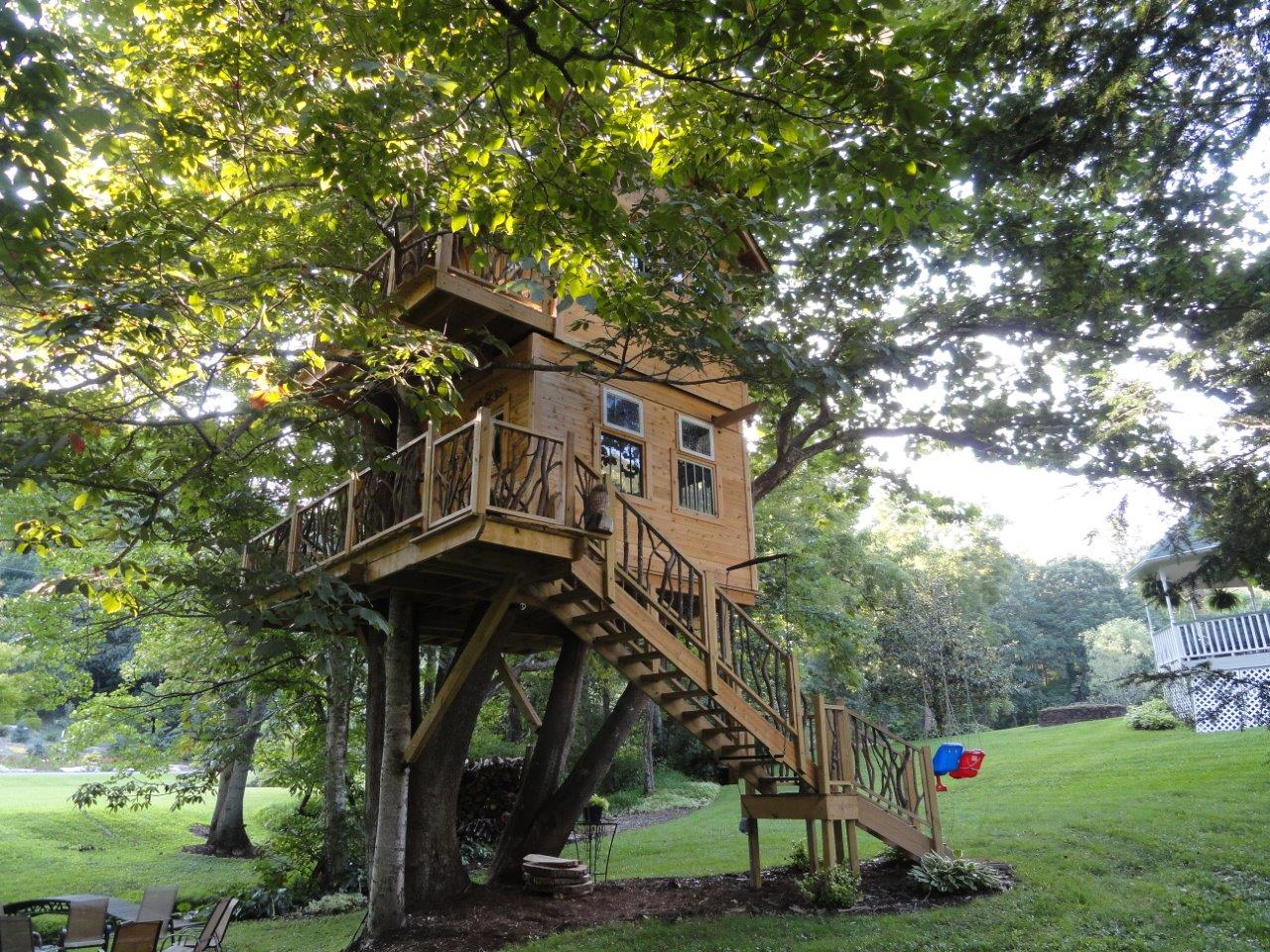 Treehouses built by our customers diy treehouses for Diy house plans